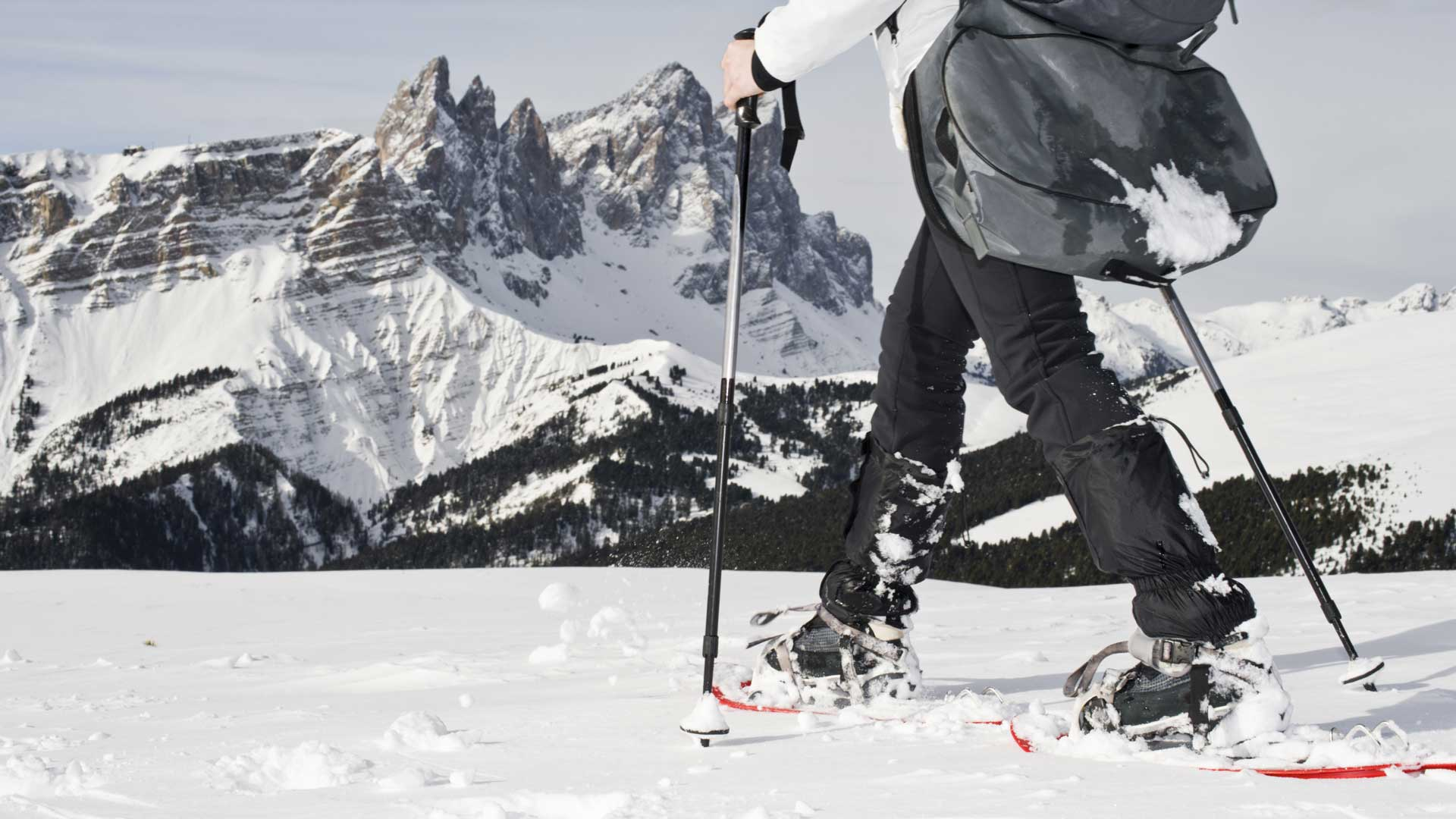 snowshoes sulle Dolomiti Active & Family Hotel Castel Pietra